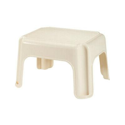 Rubbermaid Roughneck Step Stool, Bisque