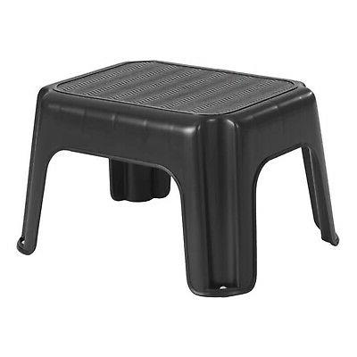 Rubbermaid Step Stool  200lbs -90.7