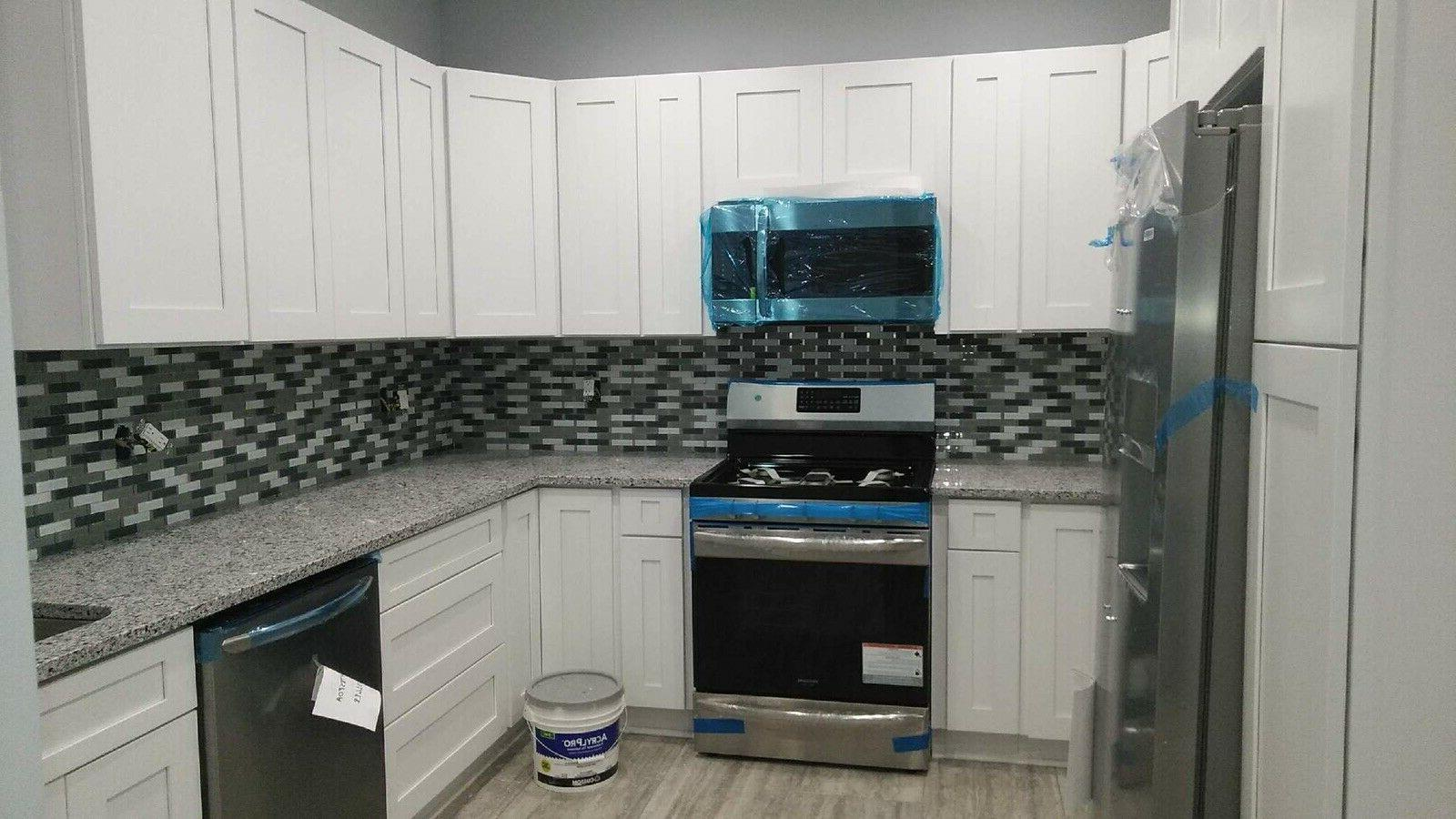 Wholesale Kitchen Cabinets Delivered real Dovetail soft close white Grey
